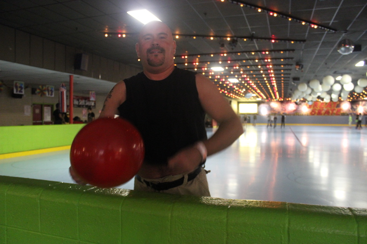 Gay Skate:  Glow Party
